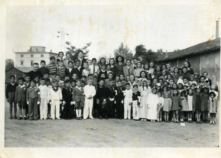 Foto Cresima 30 maggio 1946.jpg